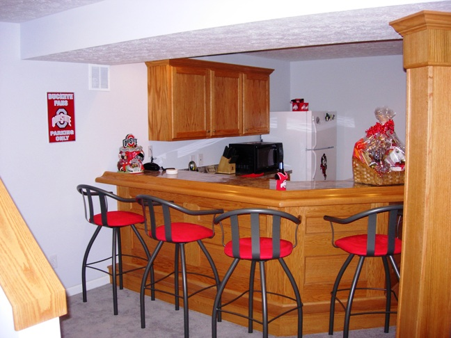 Buckeye Theme Home Bar 1