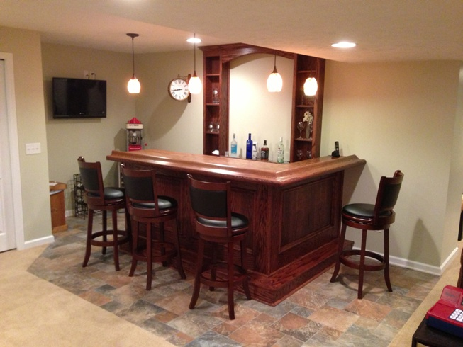 Photos and design ideas for small home bars