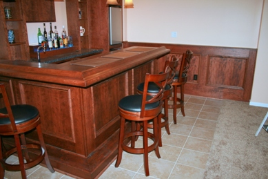 Home Bar With Wainscott